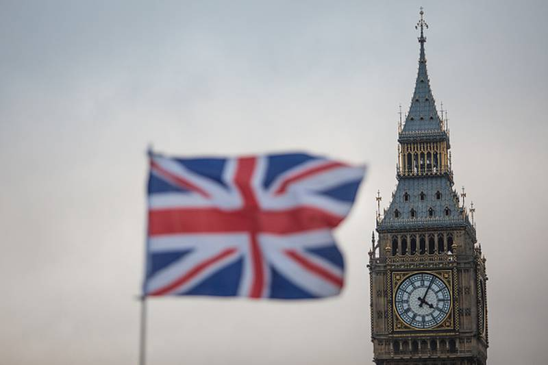 Reino Unido ofrece visas a extranjeros ante escasez de trabajadores