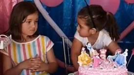 ¡Así lucen! Las hermanas virales del cumpleaños vuelven a aparecer, ¿esta vez sin golpes?