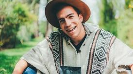 El youtuber ecuatoriano Damián Bernal incursiona en el mundo del café