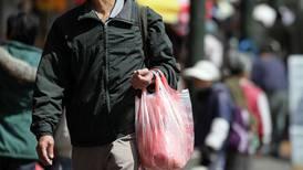 Guayaquil prohibirá productos plásticos de un solo uso